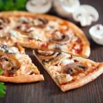 Pizza dreamstime_xs_33682751
